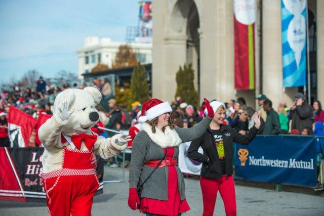 2016 Photos - Dominion Christmas Parade 2016 - Dominion Christmas ...